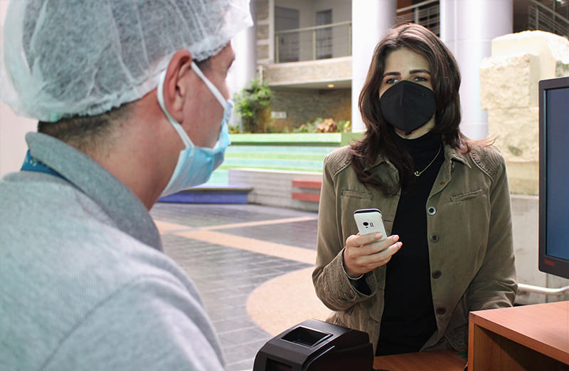 Los clientes Banesco disponen ya del nuevo servicio Pago Móvil C2P para cancelar sin necesidad de un teléfono inteligente ni tarjeta de débito sus compras en los comercios y tiendas virtuales afiliadas al servicio.