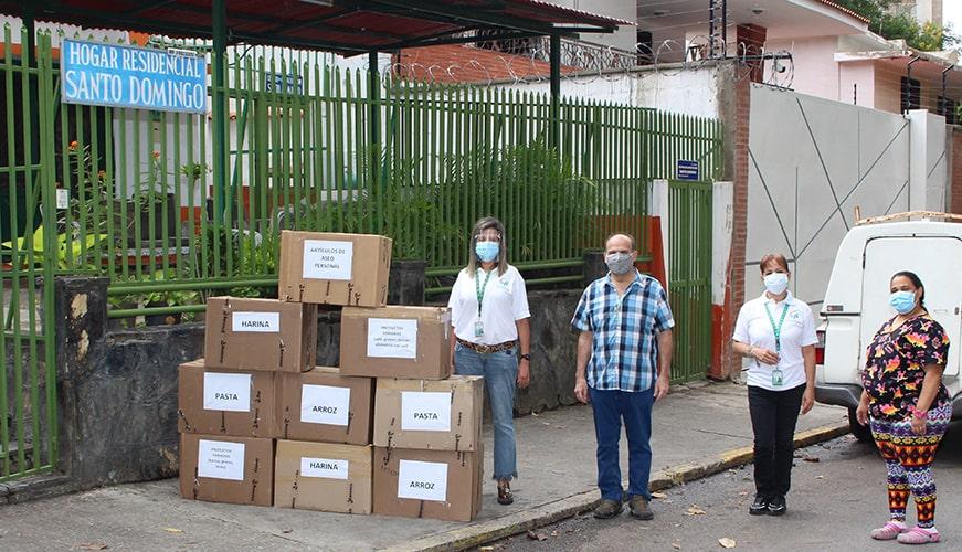 Kilos de solidaridad donaron trabajadores de Banesco