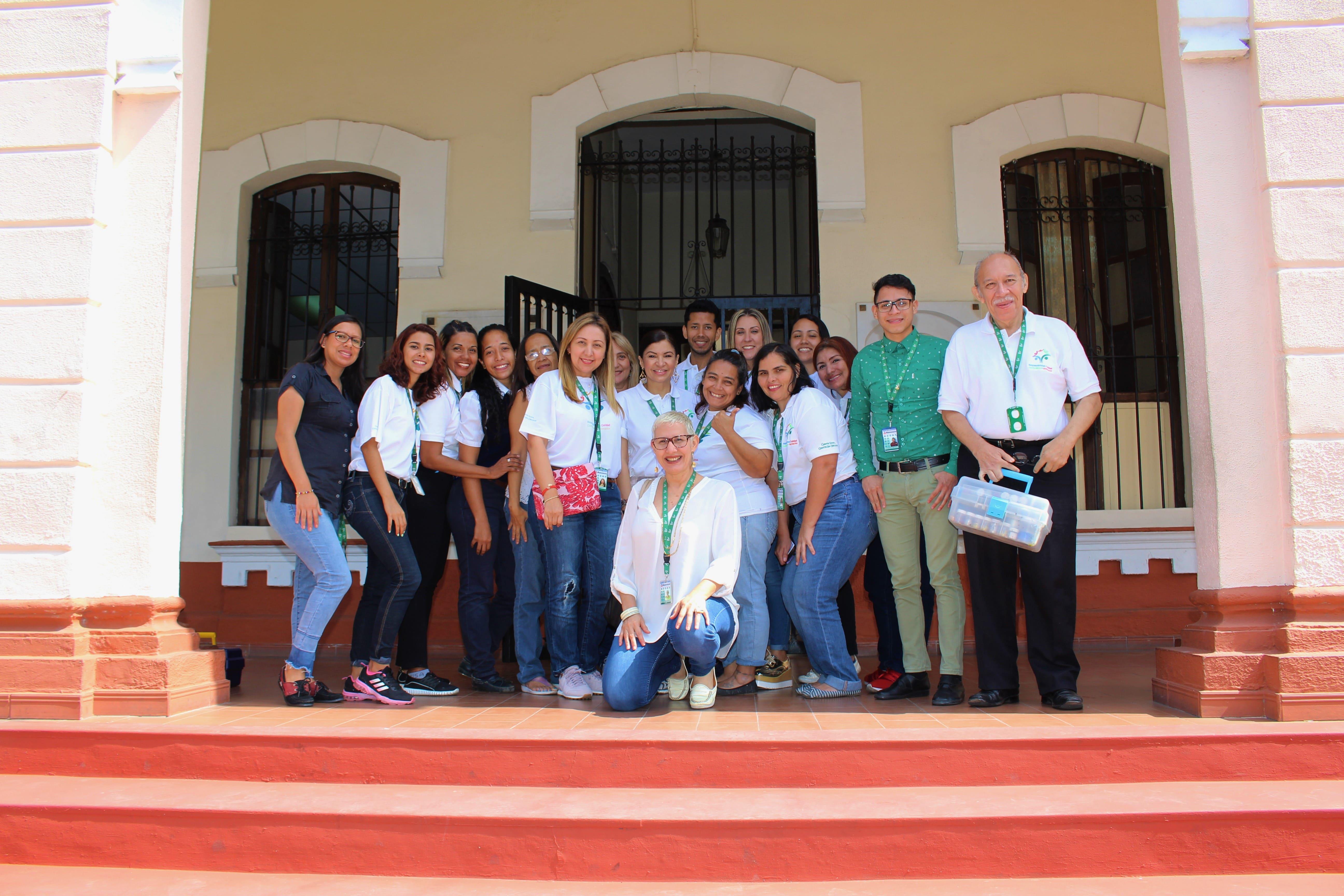 Voluntariado Banesco se solidarizó con Escuela de AVEC
